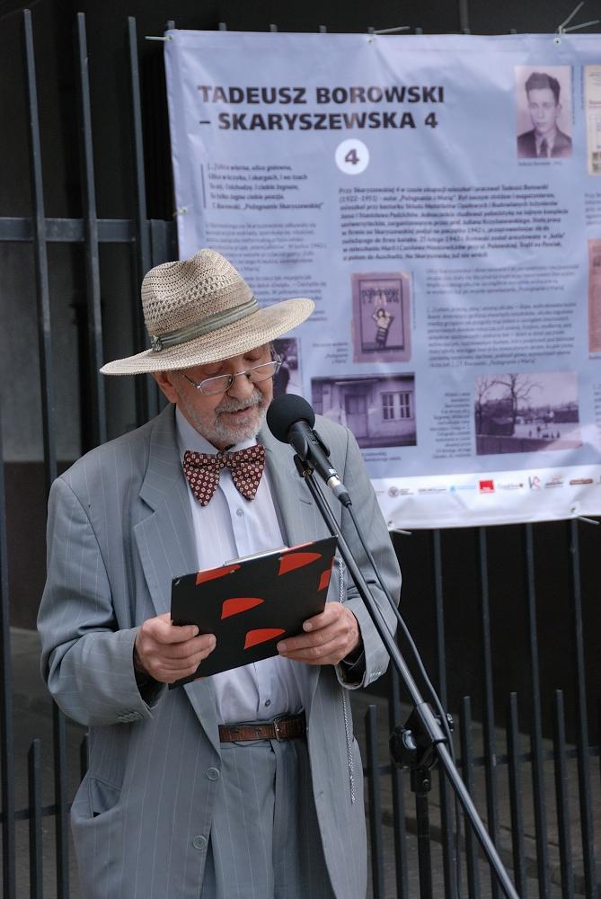 Tomasz Marzecki uświetnił ceremonię nastrojową deklamacją